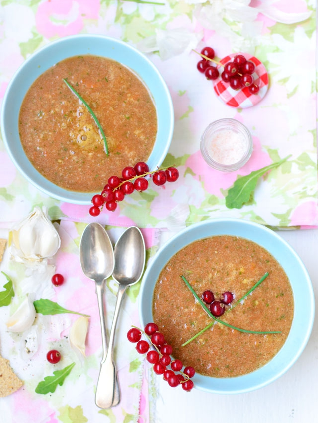 raw-tomato-soup-2