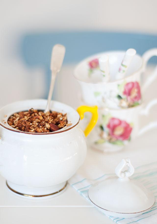 granola-with-quinoa-1