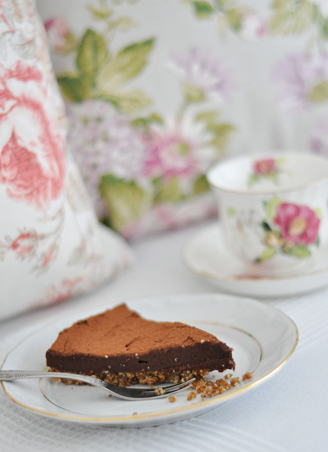 raw-truffle-cake-4