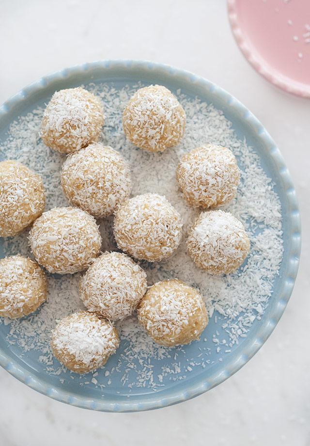 raw-coconut-lime-truffles