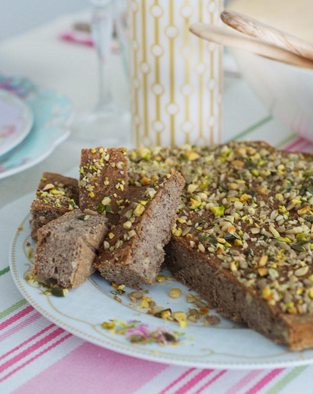 gluten-free-vegan-bread-2